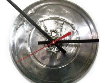 1935 Ford V8 Hubcap Clock - Classic Car Hub Cap Wall Decor