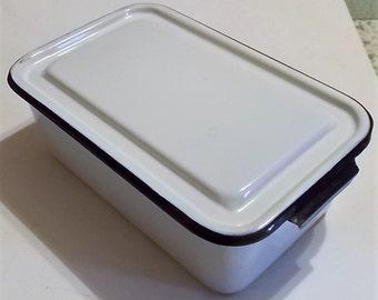 Enamelware Pan & Lid, Kitchen Storage, Country Kitchen, Kitchenware, Plant Tray, Vintage, Artist Palatte, Planter, Retro Enamelware
