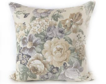 ON SALE - Pillow cover - Designer fabric Kravet - Floral shabby and chic - Yellow roses - 20x20 - Decorative cushion cover