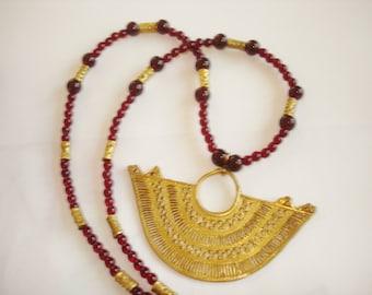 Filigree Gold Tone Pendant Garnet Bead Necklace.