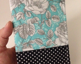 Passport Cover in Turquoise Floral Print
