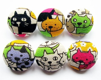 Sewing Buttons / Fabric Buttons - Colorful Cats - 6 Medium Fabric Buttons