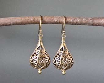 Gold Filigree Earrings - Gold Dangle Earrings - Wire Wrapped Earrings Gold - Boho Earrings - Everyday Gold Jewelry - Jewelry Gift for Her
