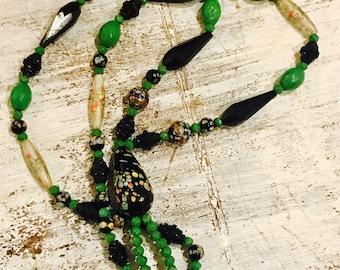 Beautiful Art Deco Italian Art Glass Green Black Jet Glass Vintage Flapper Necklace