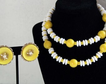 Funky 70s Mellow Yellow Earring and Necklace Set