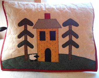 Sewing Machine Cover , Saltbox House, Sheep, Folk Art Country