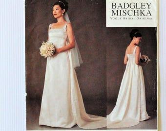 Wedding gown pattern sleeveless dress, detachable train uncut vintage sewing pattern, Vogue 2626 Badgley Mischka size 18 20 22 bust 40 42 44