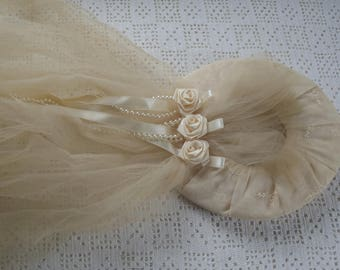 Vintage Bridal Heapdpiece Beige Veil Roses and Pearl Trim