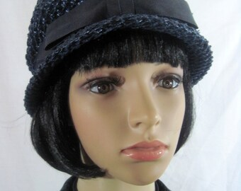 1940's CLOCHE HAT Navy Blue Made in the USA size 22