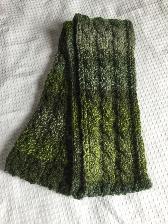 Forest variegated green cable knit chunky scarf