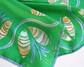 Kelly green Vera Neumann scarf. Silk blend Vera scarf, Vera neckerchief, small scarf, abstract design, Vera ladybug scarf, summer, spring