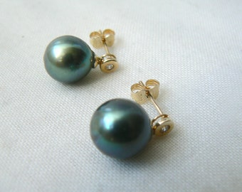10 mm Tahitian Pearl Earrings in 14k Yellow Gold - 0.04 ct diamond