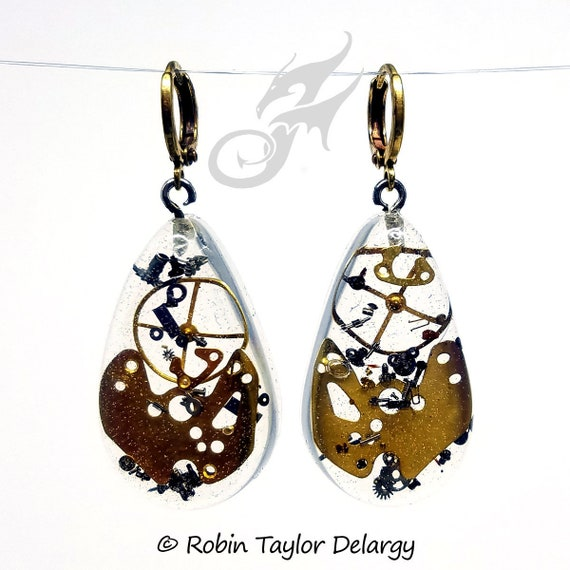 Industrial STEAMPUNK Earrings ~ Gearrings ~ Clear Resin Teardrops w/ Gears & Watch Bits on Round Circular Brass Leverback Earwires #E0930