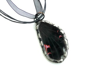 Real butterfly wing pendant necklace, black and pink wing, preserved butterfly wing, glassart, statement necklace