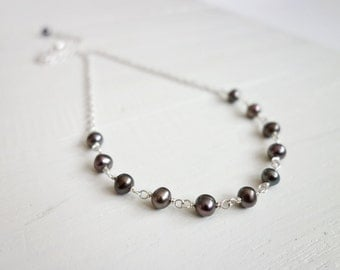 Gray pearl necklace minimalist necklace peacock freshwater pearls chain necklace for women