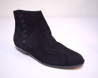 New Old Stock ~ VINTAGE CHARLES DAVID Steampunk Retro Victorian Black Suede Ankle Boots w Side Snaps Size 6 1/2 M