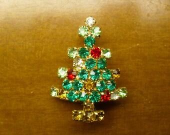 Vintage 1960's  Rhinestone Christmas Tree Brooch