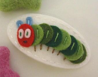 Felt hair clip -No slip -Wool felt -Ciel the caterpillar -ecru