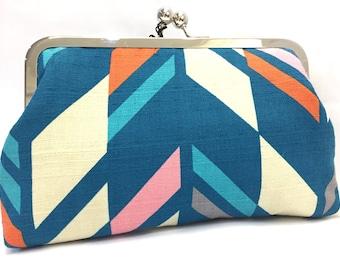 clutch purse - kinda chevron  - 8 inch metal frame clutch purse - large purse- chevron- arrow - blue- Japanese  kisslock - clutch bag