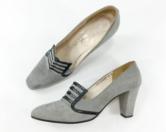 60s Suede Pumps | Grey Sueded Leather Black Snakeskin Trim Mod High Heel Shoes | Size 8 38