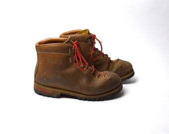 Vintage Vasque Hiking Boots, Skywalk Soles - Men's 9 1/2