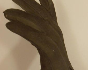 60% OFF SALE Out Racing the Men - 1960s Olive Green Suede Leather To the Wrist Gloves - 5.5/6