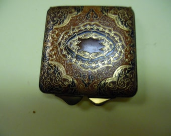 Leather compact, womens compact, vintage compact, old compact, powder case