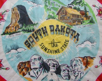 SOUTH DAKOTA. souvenir SCARF. Black Hills. Mt Rushmore. Sunshine State. 1950s. hand rolled. rayon / silk.  Made in Japan. souvenir