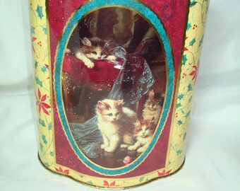 Vintage Made in England Victorian Styled Kitty Cat Cookie Tea Biscuit Tin.