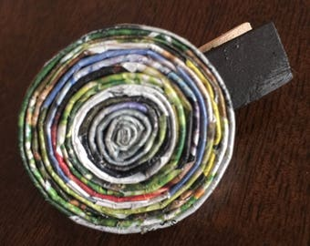 """n. 04 TIE CLIP - lapel clip, hair clip Coiled paper recycled magazine measure 1.74"""""""