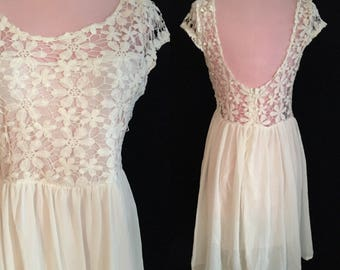 Vintage Crochet Boho Festival Dress - Summer Wedding Dress - Short Wedding Dress - Medium
