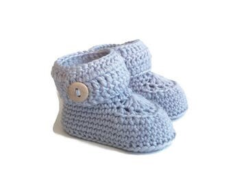Short Button Cuff Baby Booties in Silver Merino Wool