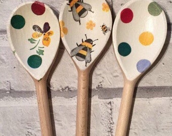 Decorative Decoupage Wooden Spoons using Emma Bridgewater polka dot design and a none designsr Bee design. FREE shipping to all UK addresses