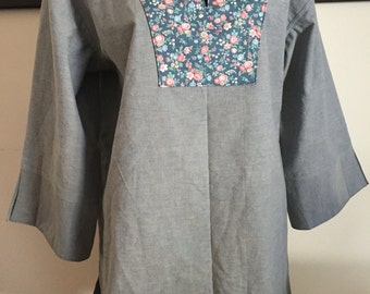 Laides Blue Cotton Floral Pull Over Tunic Top Hand Made Cotton Fabric Ladies Size Large 12-14 #4076