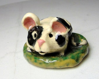 White Spotted Mouse Sculpture  -  Mouse Ring Holder - Black and White - Pottery Animal - Mouse Figurine - Ceramic Animal