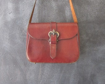 70s Etienne Aigner Wine Leather Saddle Shoulder Satchel Bag Purse