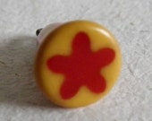 Bakelite Button Red Yellow Cookie Star Charm