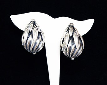Signed Napier Clip on Earrings - Chunky 1980's Big Silvertone Earrings - Tear Drop Shaped Abstract Designer Signed Napier Retro Jewelry