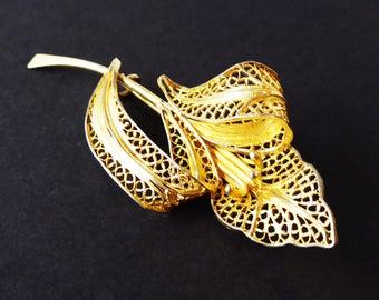 Gold Tone Filligree Leaf Pin - Vintage 1970's 1980's 1990's - Lacey Design