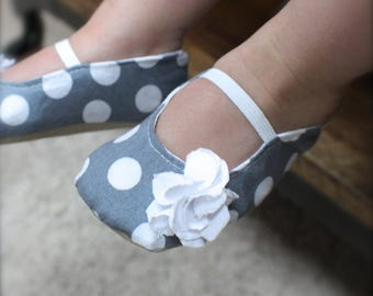 Gray and White Polka Dot Baby Girl Shoes - Ballet Flats - Toddler Girl Shoes - Flower Girl Shoes