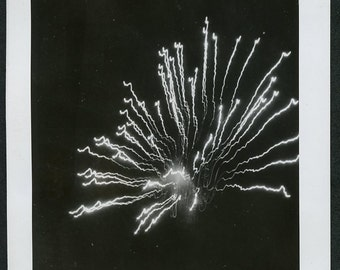FIREWORKS in NIGHT SKY - Abstract Artistic Black & White Photo circa 1940s