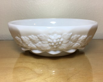 Vintage Milk Glass Small Serving Bowl Candy Dish Westmoreland Glass Wedding Decor