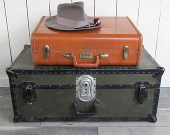 1950s Camel Brown Samsonite Suitcase - Streamlite Luggage