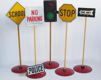 1940s School Learning Traffic Signs - Play Traffic Signs, Miniature Traffic Signs, Education Tool