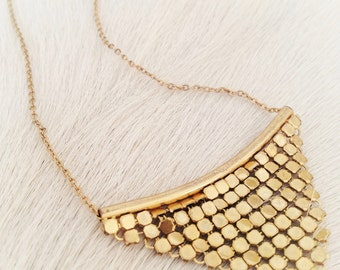 gold metal mesh necklace / vintage chainmail necklace / 70s style jewelry / disco necklace