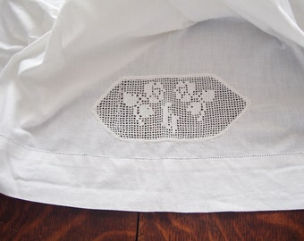 Antique Cotton Sheet Crochet Lace Insert Coverlet 70 Inch Twin Double