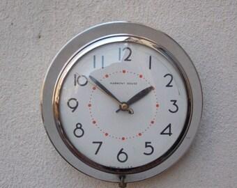 Ingraham Harmony House Round Chrome Electric Wall Clock, Kitchen Clock