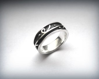 Runner Sterling Silver Ring, Silver Jewelry, Gift for Her