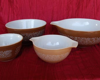 Set of 4 Vintage Pyrex Woodland Brown Mixing Bowls Cinderella Mixing Bowls Beige 441 and Brown 444 plus Brown 401 and Brown 403 Mixing Bowls