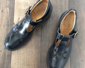 30% OFF 1990's Black Leather Mary Jane Doc Martins Size 7 by Maeberry a Vintage